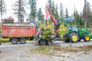 Fink Machine Adds Wood Chipper for Energy Chip Production